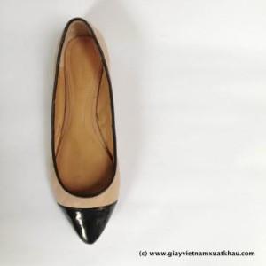 1 4 300x300 Giày bệt nữ STRADIVARIVARIUS màu nude đen GB66.DE.37