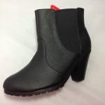 Boot nữ VNXK FABULOUS gót thấp cổ ngắn màu đen BB109.DE.37