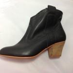 Boot nữ VNXK got vuông thấp cổ ngắn màu đen BB086.DE.37