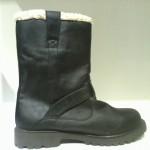 Boot nữ VNXK PIEDS NUS đế thấp màu đen BB78