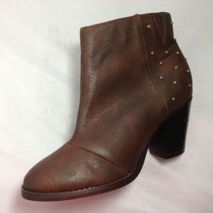 Boot nữ VNXK got vuông thấp cổ ngắn màu nâu BB101.DE.37
